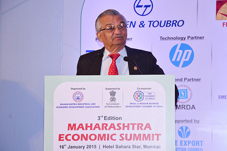 Dr. Anil Kakodkar - Chairman, Solar Energy Research Advisory Council addressing the delegates